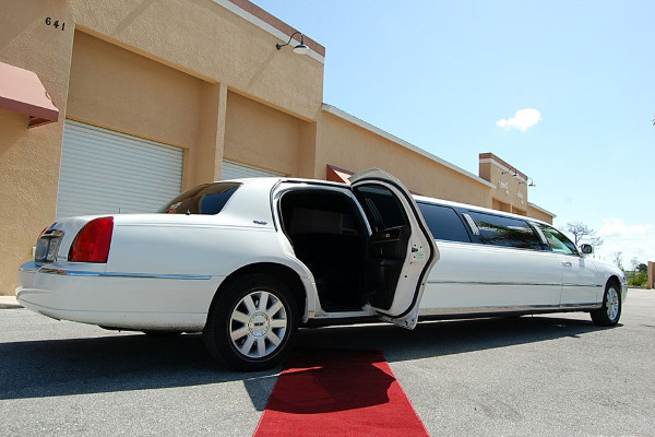 Lincoln Stretch Limo Jersey City